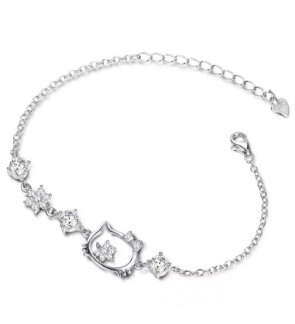 Natural Crystal Hello Kitty Design Hand Bracelet [Free Box]